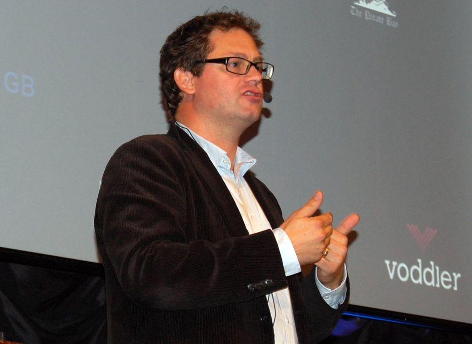 Forretningsutviklingsansvarlig i Voddler, Mathias Tönnesson, mener selskapets distribusjonsmodell er både smart og effektiv.