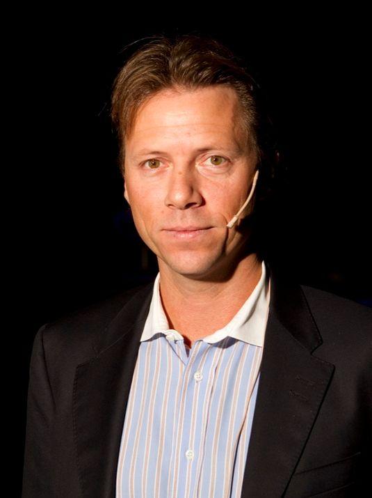 – Vi har klokkertro på at Tvnorge og deres offensive fotballsatsing, sier innholdsansvarlig Svein Erik Davidsen i Telenor.