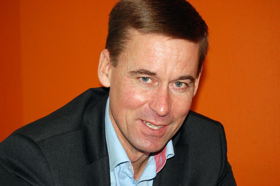 Netcom-sjef August Baumann slakter Regjeringen og Samferdselsdepartementets beslutningsvegring.