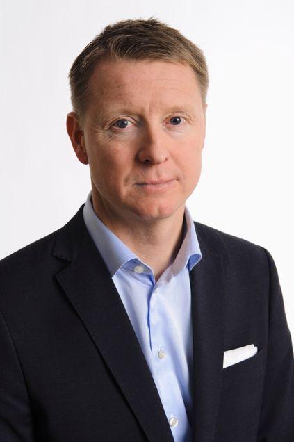 Ericsson-sjef Hans Vestberg konstaterer at nye 1500 medarbeidere blir avskjediget fra konsernet.
