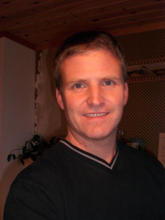 Stipendiat Bjørn Villa er kritisk til Telenors styring av kobbernettet.