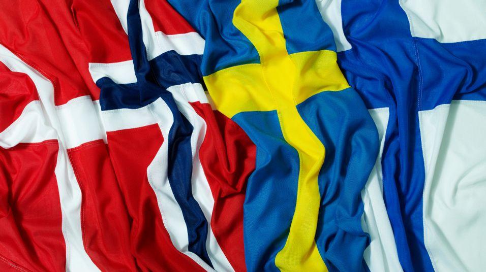 Nordmenn mest på nett i Norden