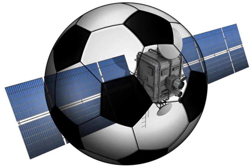 Betal-TV-giganten Bskyb setter sammen med Premier League nå inn det tunge juridiske skytset mot pubeiere som videreformidler Permier League via utenlandske dekodere uten å ha kommersielle distribusjonsavtaler.