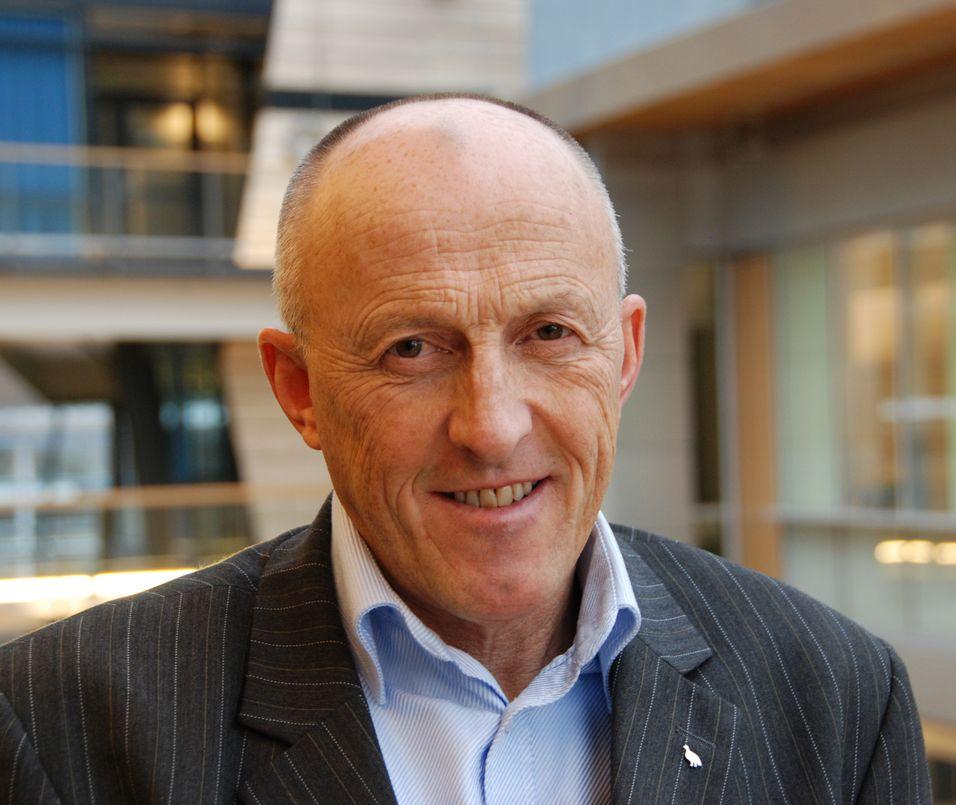 Informasjonssjef Knut Sollid i Telenor sier tendensen går mot mer fart også blant telenorkundene.