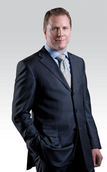Kjell-Morten Johnsen har de siste tre årene vært leder for Telenor Serbia, og er også styremedlem i Vimpelcom. Tidligere har han vært leder for Telenor Russland og hatt flere lederstillinger i Øst-Europa. Johnsen er utdannet siviløkonom fra Handelshøyskolen i Bergen.