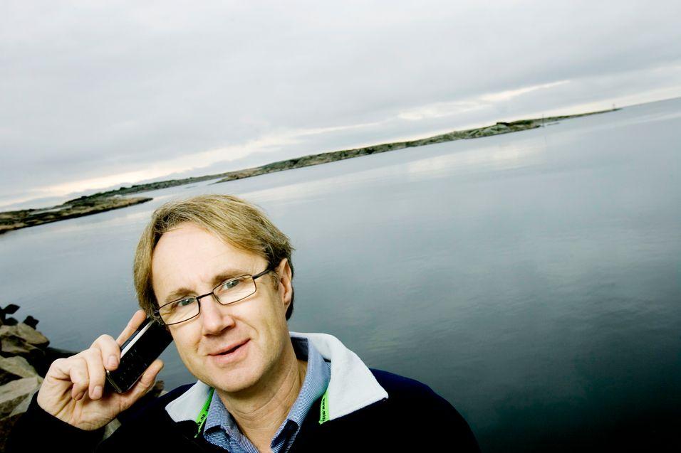 Dekningsdirektør Bjørn Amundsen i Telenor kan ikke love dekning på den ytterste nøgne ø når selskapet lanserer LTE i 2012. Her fra Hvaler.