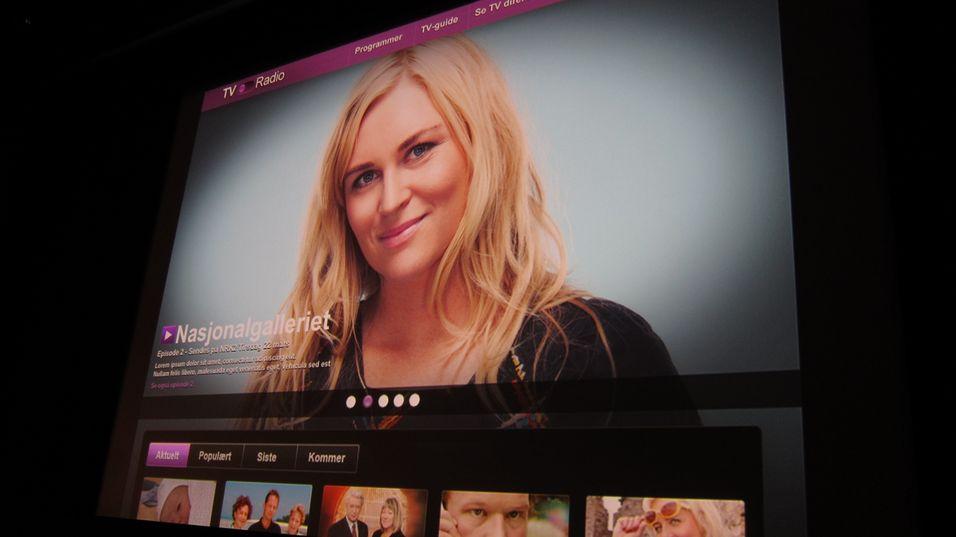 Brukerne blir møtt med aktuelle programmer fra NRK når de åpner tjenesten. Her ved Nasjonalgalleriets Helle Vaagland.