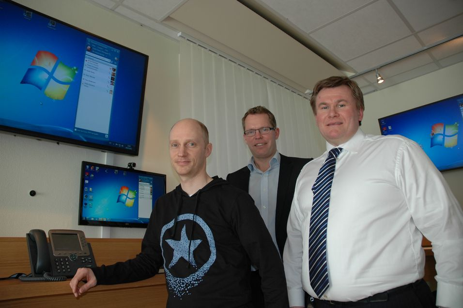 F.v.: Tore Sagstuen, leder for samordnet kommunikasjon i Cisco, daglig leder Even Hovde i Touch Technology og Svein Jomar Steinsgard i Datametrix.