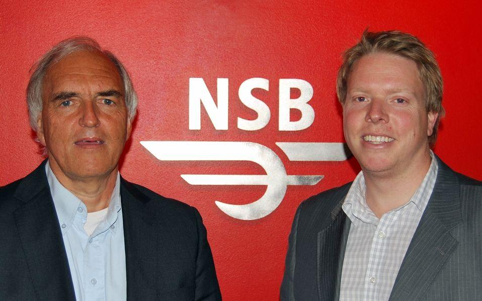 Teknisk direktør IKT Jan Christiansen i NSB og Norgessjef Eivind Helgaker i Ice leverer mobilt bredbånd til togpendlerne.