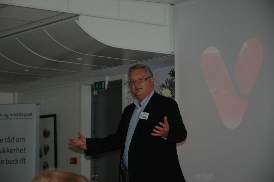 Viseadministrerende direktør Åsmund Løset i Ventelo mener myndighetene må gjøre noe med Telenors spektrumdominans.