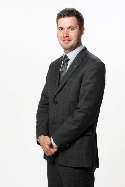 Statssekretær Geir Pollestad i Samferdselsdepartementet vil sende graveforskriftsrapporten på høring.