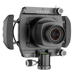 På baksiden av kameraet kan man sette på det bakstykket man selv vil.