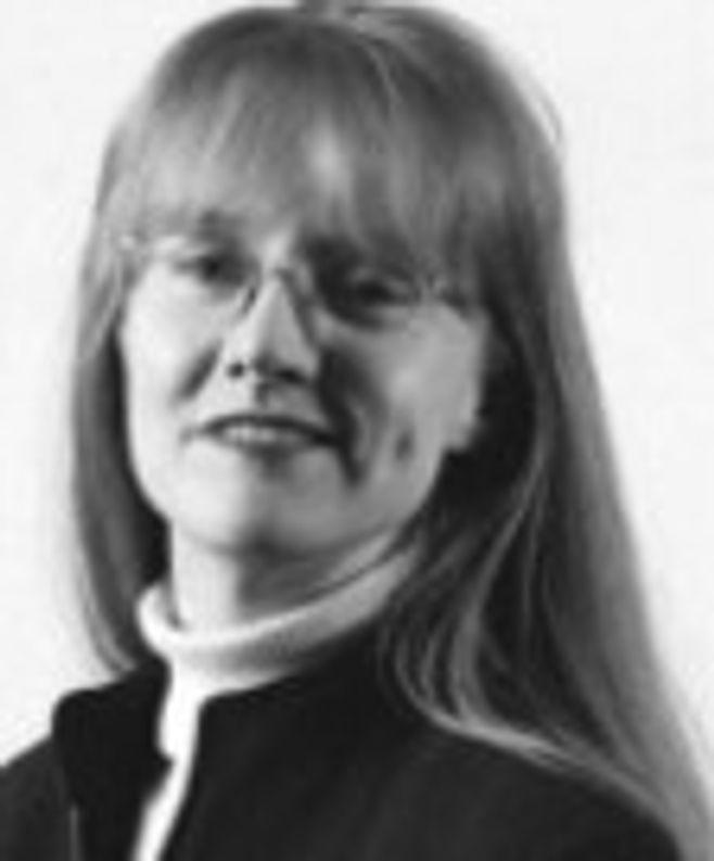 Clare McCarthy er Ovums leder for avdelingen som studerer drift av teleselskaper.