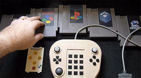 Spesifikke kassetter gir håndkontrollen styringen over ulike grensesnitt.