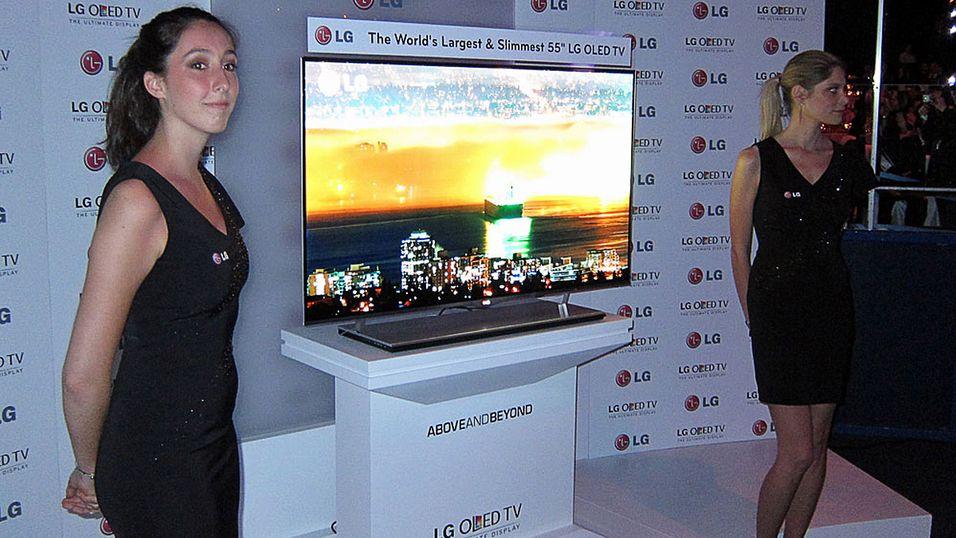 Glitter og stas til tross, salget av LGs OLED-TV-er går ikke i rykende fart.