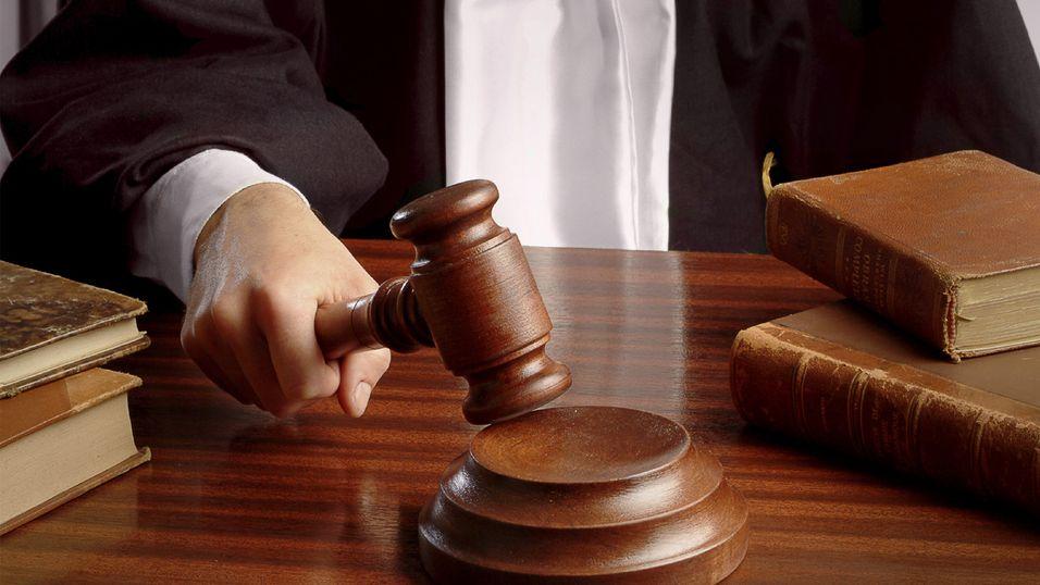 Det er ikke hverdagskost at en dommer gir seg selv straff.