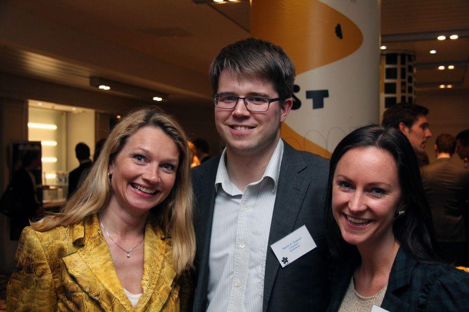 På jakt etter talentfulle studenter: Fra venstre Yvonne Fosser, HP, Martin A. Sværen, Accenture, og Tonje H. Magnussøn, Finn.no.