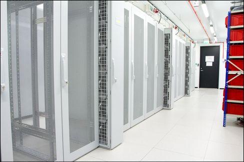 Her fra dette datasenteret hos Linpro leveres Tek.no-nettsidene til deg.