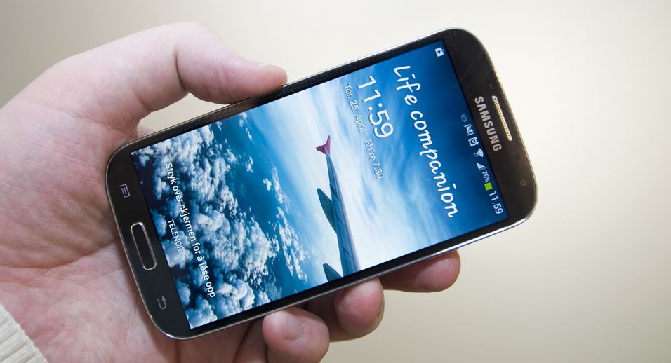 – Frisk start for Galaxy S4