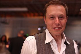 Elon Musk er gründeren bak SpaceX.