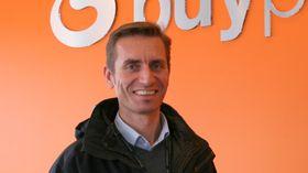 Administrerende direktør Gunnar Lindstøl i Buypass tror på vekst i mobil netthandel.