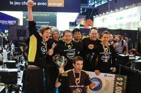 Bergmann med lagkamerater fra Team Dignitas. (Foto: Team Dignitas).