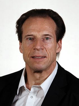 Jan Bøhler vil understreke at alle som skaffer seg våpen, uansett hvordan det blir laget, plikter å skaffe tillatelse fra politimesteren.