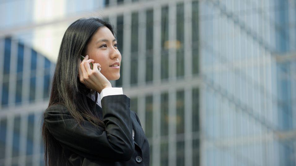Mobilsalget går tilbake overalt, unntatt i Asia