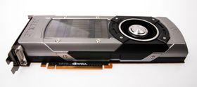 Nvidia GeForce GTX 780 er til forveksling lik GeForce GTX Titan, og veier 928 gram – kun 15 gram mindre enn storebroren.