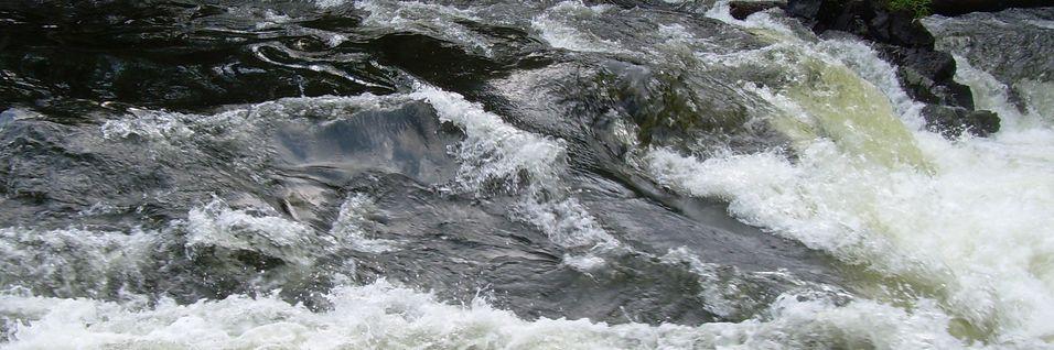 Teleselskapene kjemper mot vannmassene