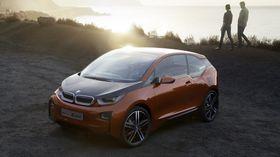 BMW kaller fortsatt sin i3 for en konseptbil, men den vil rulle på norske veier med norske skilt for første gang i september.