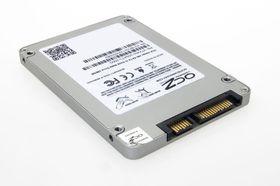 OCZ Vertex 450 kjøres over SATA 6 Gbit/s-grensesnittet.