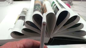 Buen i bunnen skal skal være rund som bøyd papir.