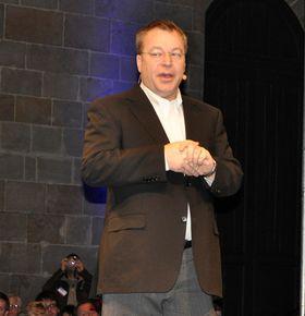 Det begynner å bli en stund siden Nokia-sjef Stephen Elop snakket om Symbian som en brennende plattform. Nå er alt fokus på Windows Phone, og snuoperasjonen ser ut til å gi resultater.