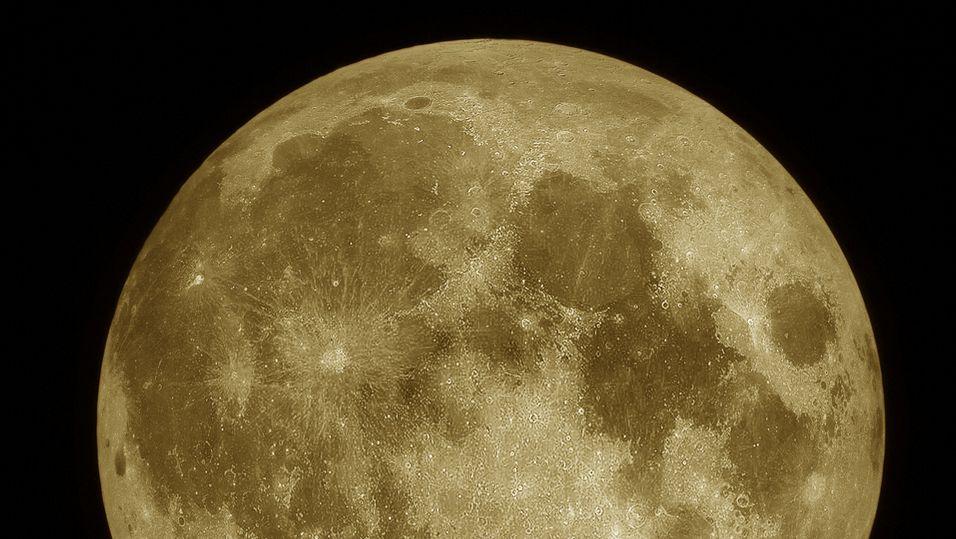 Kom deg ut og fotografer supermånen