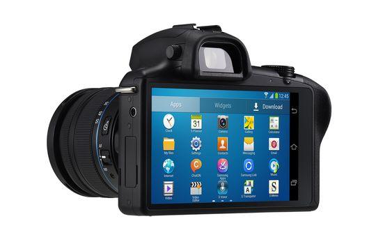 Samsung Galaxy NX har både søker og skjerm.