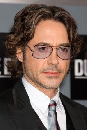 HTC har hyret inn Iron Man Robert Downey Jr. i håp om å snu den negative trenden selskapet er inne i.