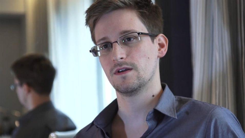 – Snowden vil overgi seg