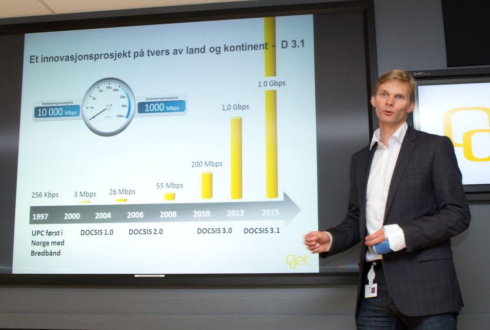 Øyvind Husby, direktør for samfunnskontakt i Get, demonstrerte en nettlinje på hele 1 Gbit/s i dag.