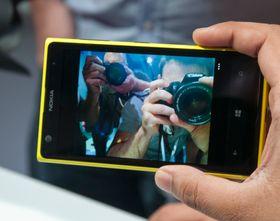 Nokia vet å lage fotogene telefoner. Alle ville ha en bit av Lumia 1020 under lanseringen i New York for et par måneder siden.