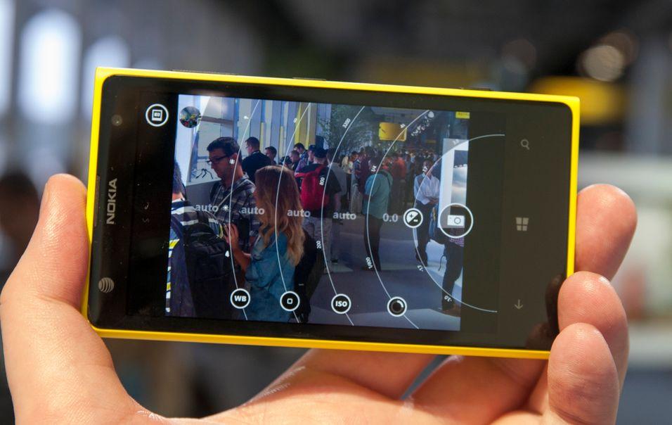 Selv om Lumia 1020 har et kamera som knipser bilder med hele 41 megapikslers oppløsning, var det Pro Camera-appen som virkelig fanget vår interesse.