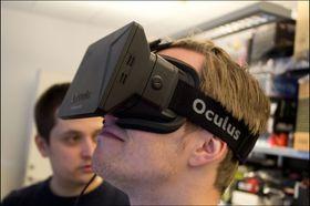Slik ser utviklerutgaven av Oculus Rift ut.