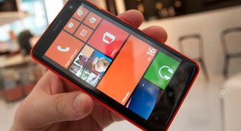 Nokia Lumia 625 Her får du stor skjerm og Windows til en billig penge