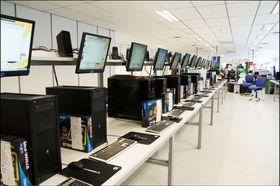 Komplett er nordens største på PC-bygging.