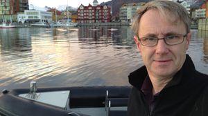 Telenors dekningsdirektør Bjørn Amundsen bygger dekning langs kysten i sommer.