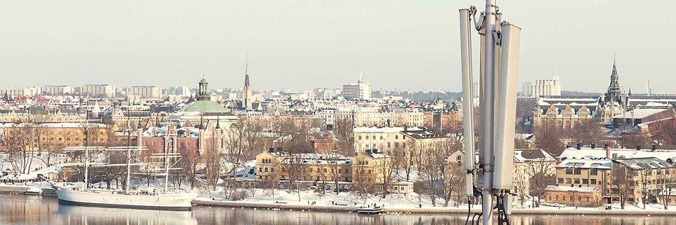 Første kommersielle LTE-nett ble åpnet i Stockholm og Oslo 14. desember 2009.