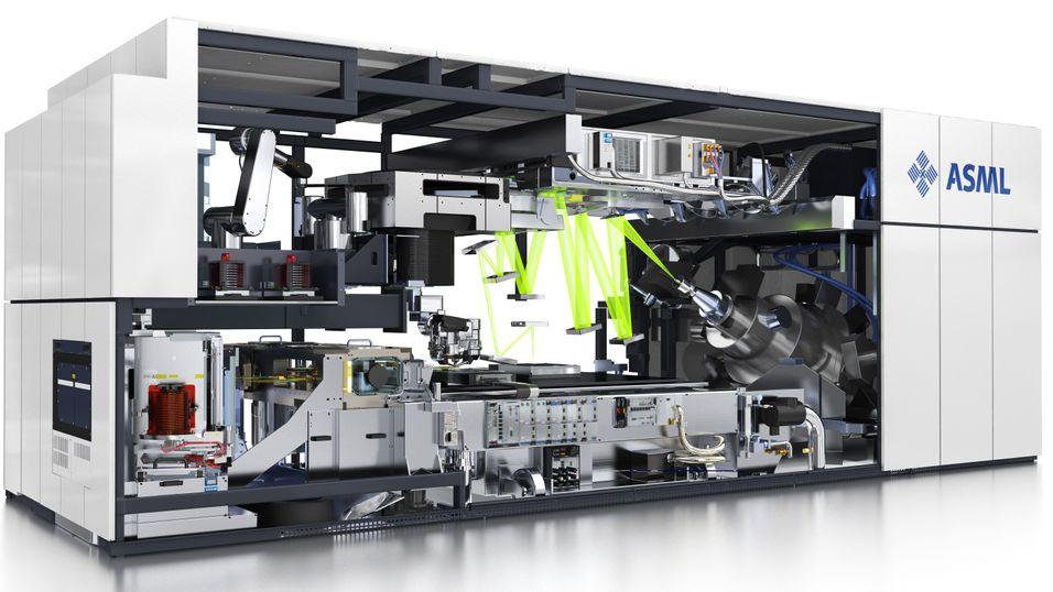 Produksjonen av prosessorer krever imponerende stort utstyr. Nå står bransjen ovenfor en stor utfordring.