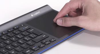 Dette trådløse tastaturet kommer med diger pekeplate