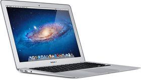 Apple Macbook Air 13.3 i5 1.3GHz 128GB.