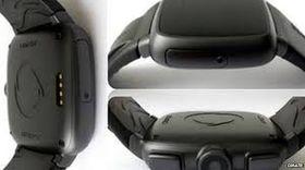 Omate er en vanntett klokke med SIM-kort. Den kan også brukes sammen med en smartmobil via Bluetooth.